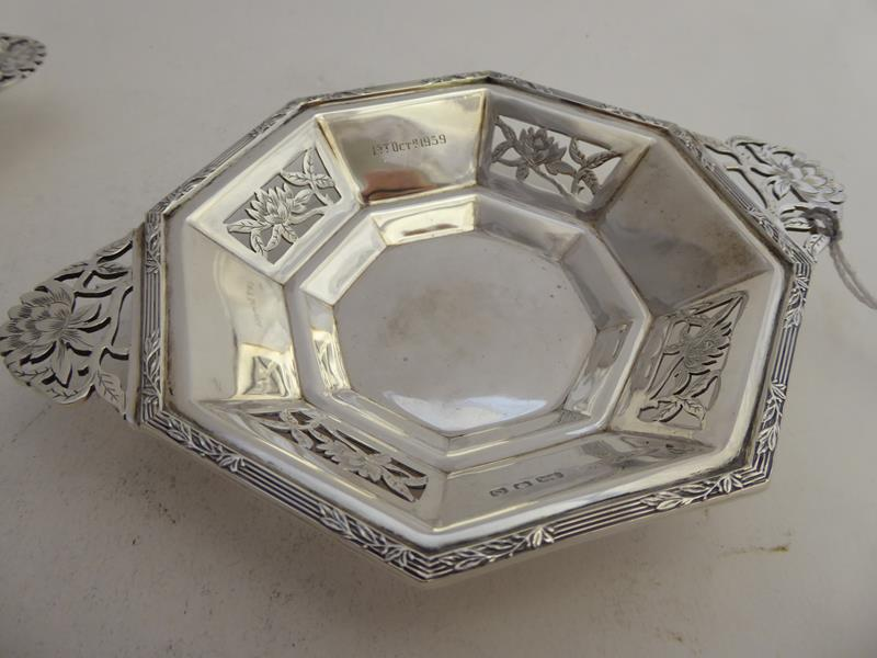 A Pair of George VI Silver Dishes, by Asprey and Co. Ltd., London, 1938, each octagonal and with - Image 4 of 12
