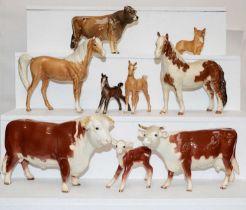Beswick horses including swish tail horse in palomino gloss, Pinto Pony in Skewbald gloss etc.