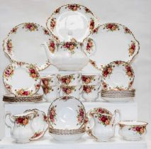 Royal Albert Old Country Roses, six place tea service (two trays)
