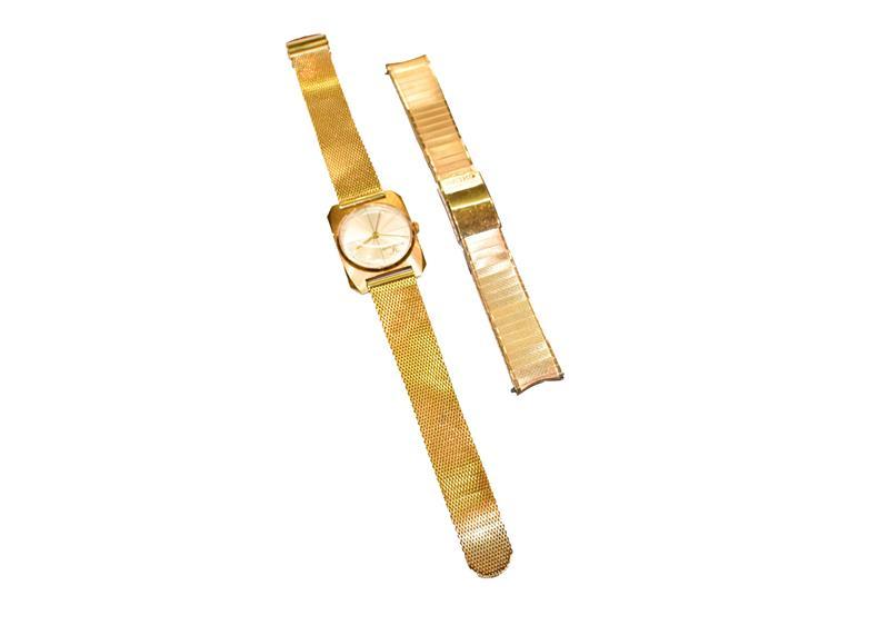 A Seiko Skyliner Diashock centre seconds wristwatch, with Seiko box and paperwork, with Seiko