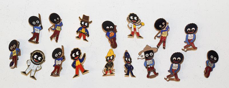 Robertson advertising items to include assorted enamel lapel badges and figures of musicians - Image 2 of 3