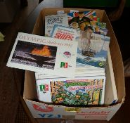 Box of albums of tea cards