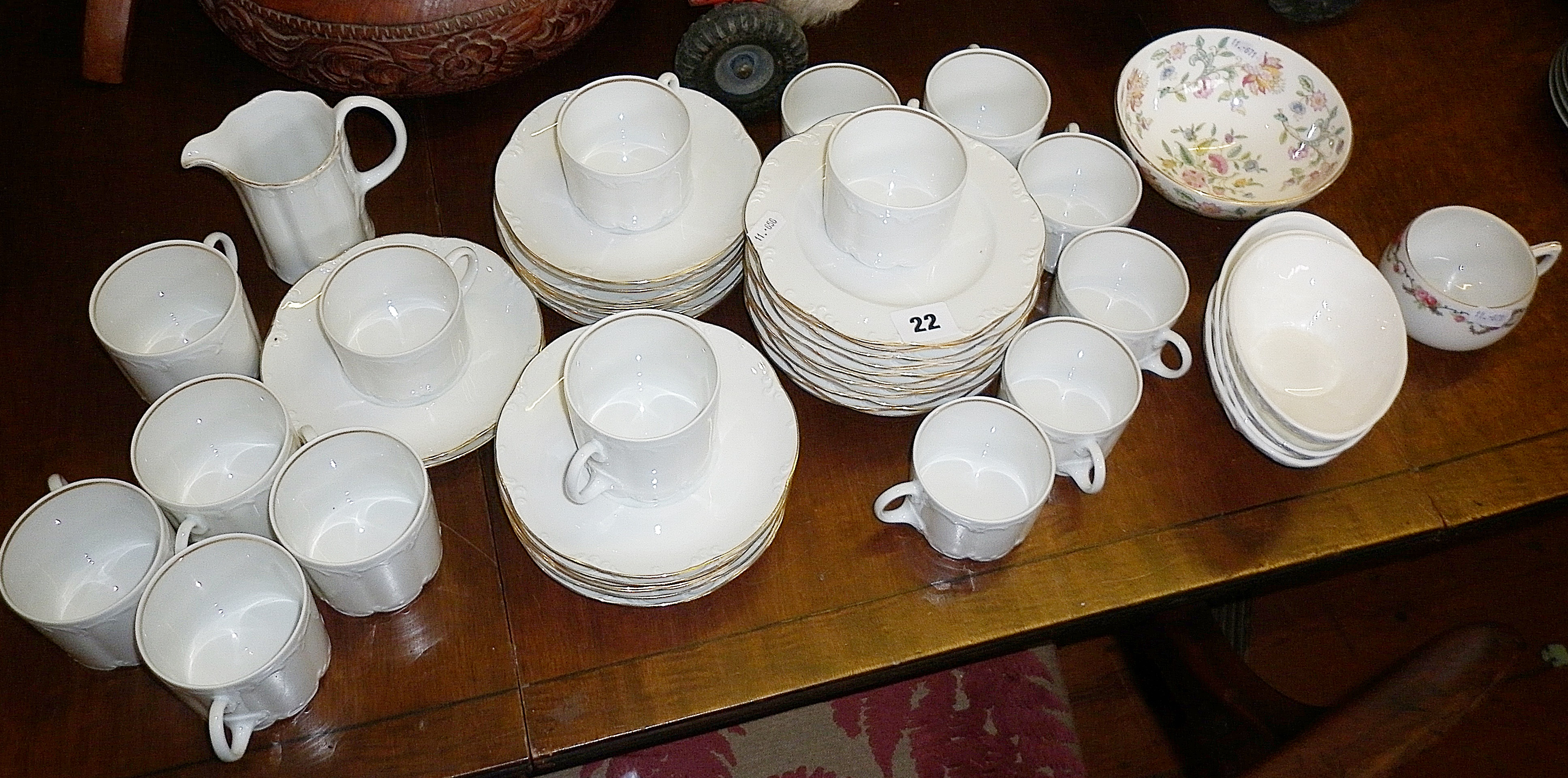 Rosenthal 'Classic Rose' coffee and tea cups and saucers, four Wedgwood avocado dishes