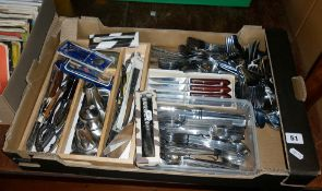 Good collection of assorted vintage and retro stainless steel cutlery including Oneida cruet set