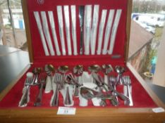 "Vintage canteen of ""Savoy"" stainless steel cutlery by Spear & Jackson"