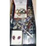 Quantity of vintage costume jewellery, inc. 9ct gold earrings, various rings, earrings, necklace,