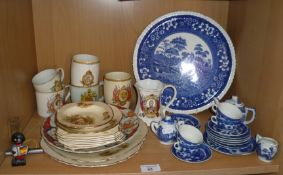 Blue and white china doll's tea set (A/F), and other china