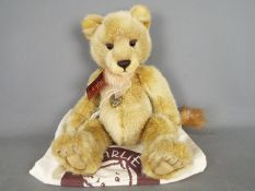Charlie Bears - a Charlie Bear entitled Lyra CB151577 exclusively designed by Isabelle Lee with