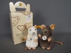 Steiff - a Steiff mouse entitled Piff with button and yellow tag in ear and original tag under chin