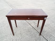 Liss Bros. Games Table with swivel fold