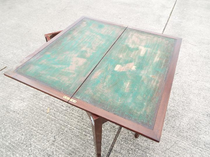 Liss Bros. Games Table with swivel fold - Image 4 of 5