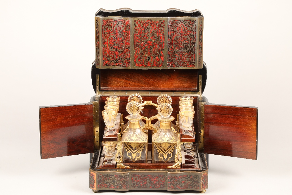 19th century French boulle work liqueur cellar, hardwood case with exterior boulle work
