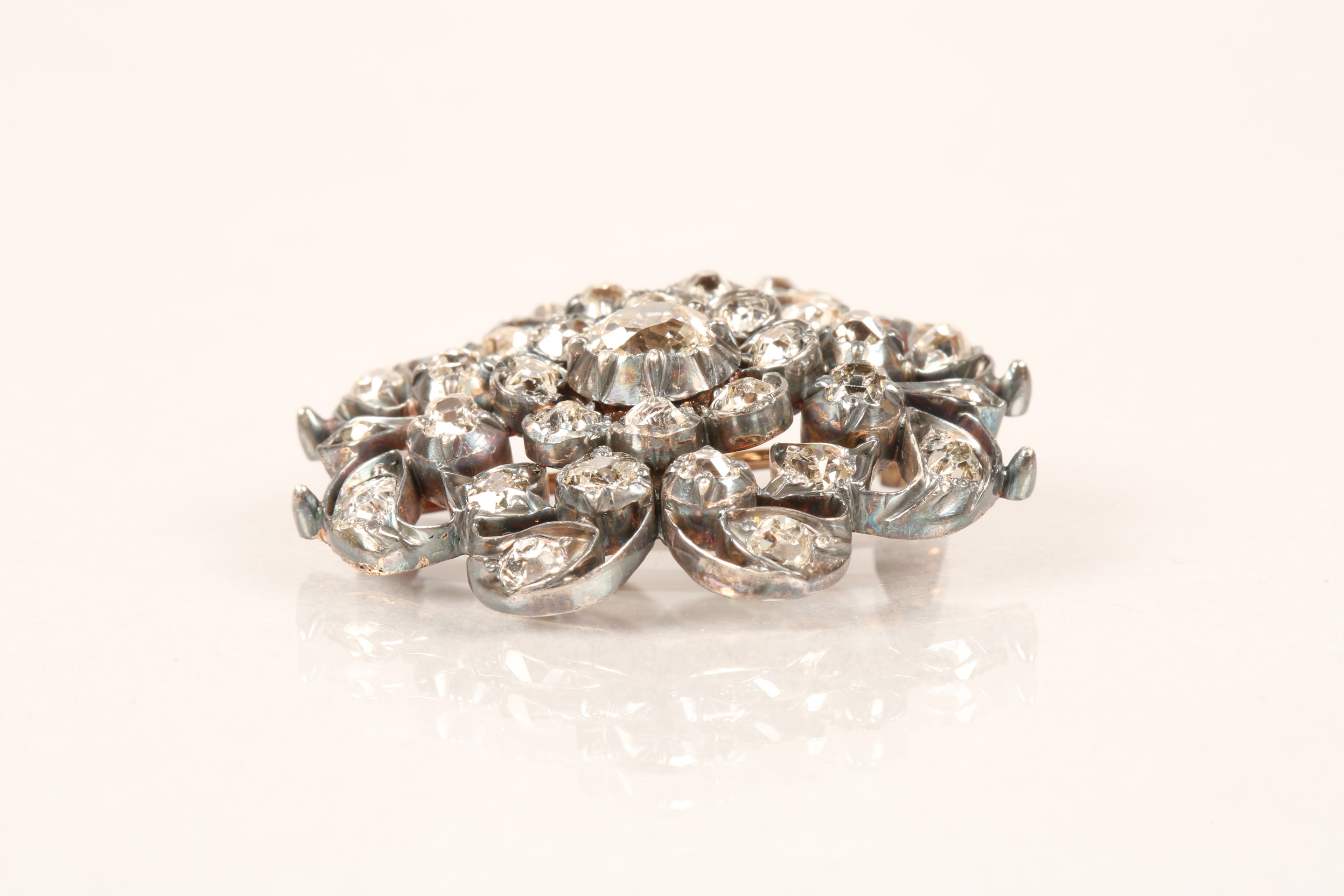 Diamond pierced cluster brooch, thirty one old cut diamonds mounted on heavily tarnished yellow - Image 2 of 7