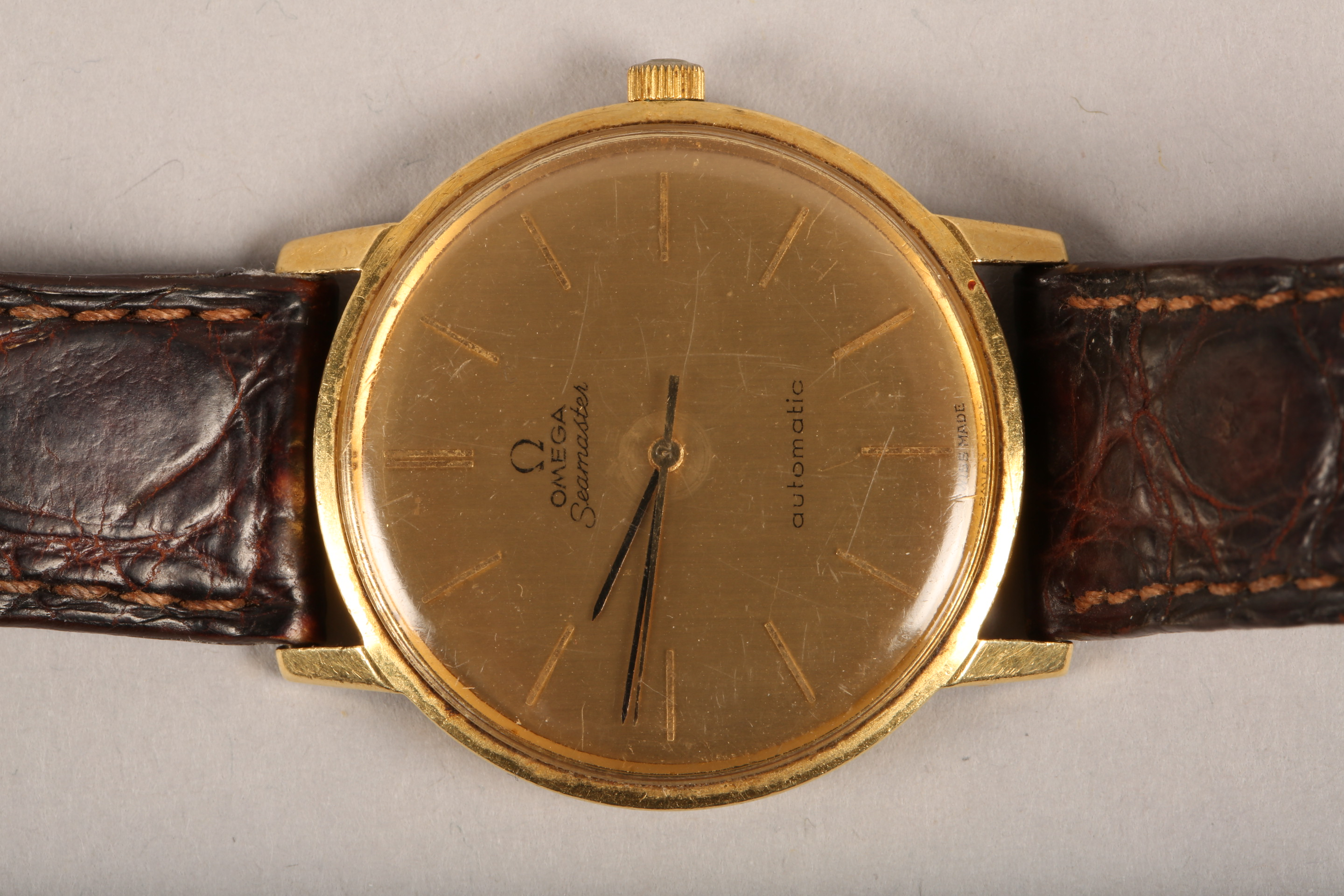 Gents 9 carat gold Omega Seamaster automatic wrist watch, dial with hour markers and sweeping - Image 8 of 10