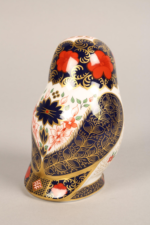 Royal Crown Derby bone china figure ornament, Old Imari Owl, 13cm. - Image 3 of 4