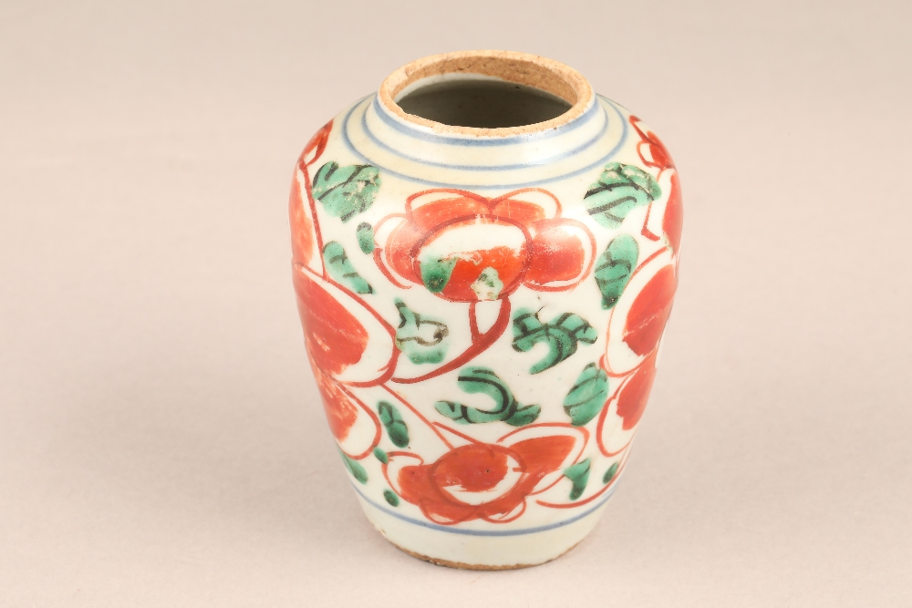 17th century Chinese pottery vase, baluster form, decorated with iron red flowers and green - Image 3 of 5