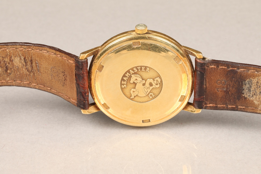 Gents 9 carat gold Omega Seamaster automatic wrist watch, dial with hour markers and sweeping - Image 5 of 10