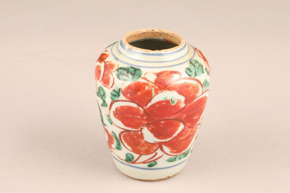 17th century Chinese pottery vase, baluster form, decorated with iron red flowers and green - Image 2 of 5
