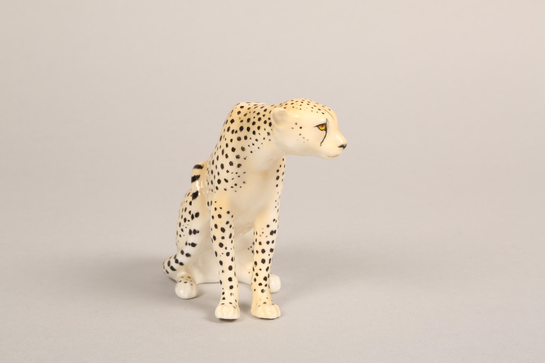 Royal Worcester porcelain cheetah figure ornament, 9.5cm high. - Image 3 of 5