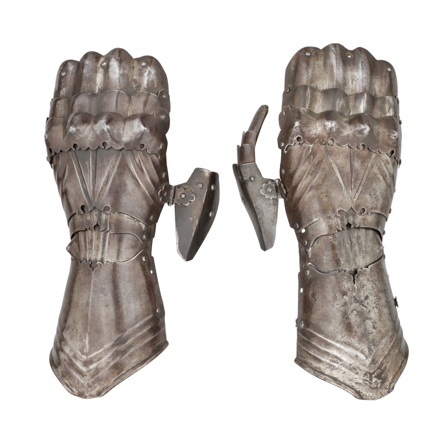 """‡ A PAIR OF GAUNTLETS IN THE LATE 15TH CENTURY GERMAN """"GOTHIC"""" STYLE^ LATE 19TH/EARLY 20TH CENTURY^"""