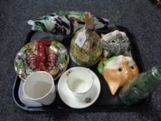 A tray of lobster dish, commemorative cup and saucer,