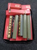 A tray of boxed and unboxed Hornby 00 rolling stock, restaurant cars, corridor coaches,