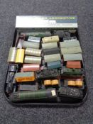 A tray of boxed Wren 00/HO Cardiff castle locomotive with tender, boxed,