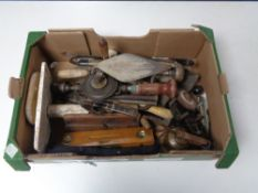 A box containing a large quantity of vintage hand tools, oil can, wooden woodworking plane etc.