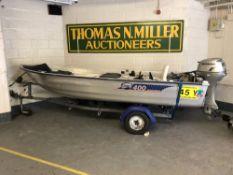 A Linder 400 Sportsman aluminium boat, length 4.01 metres, beam 1.