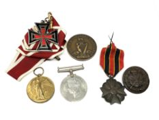 A collection of First and Second World War medals including one to Coldstream Guards overseas