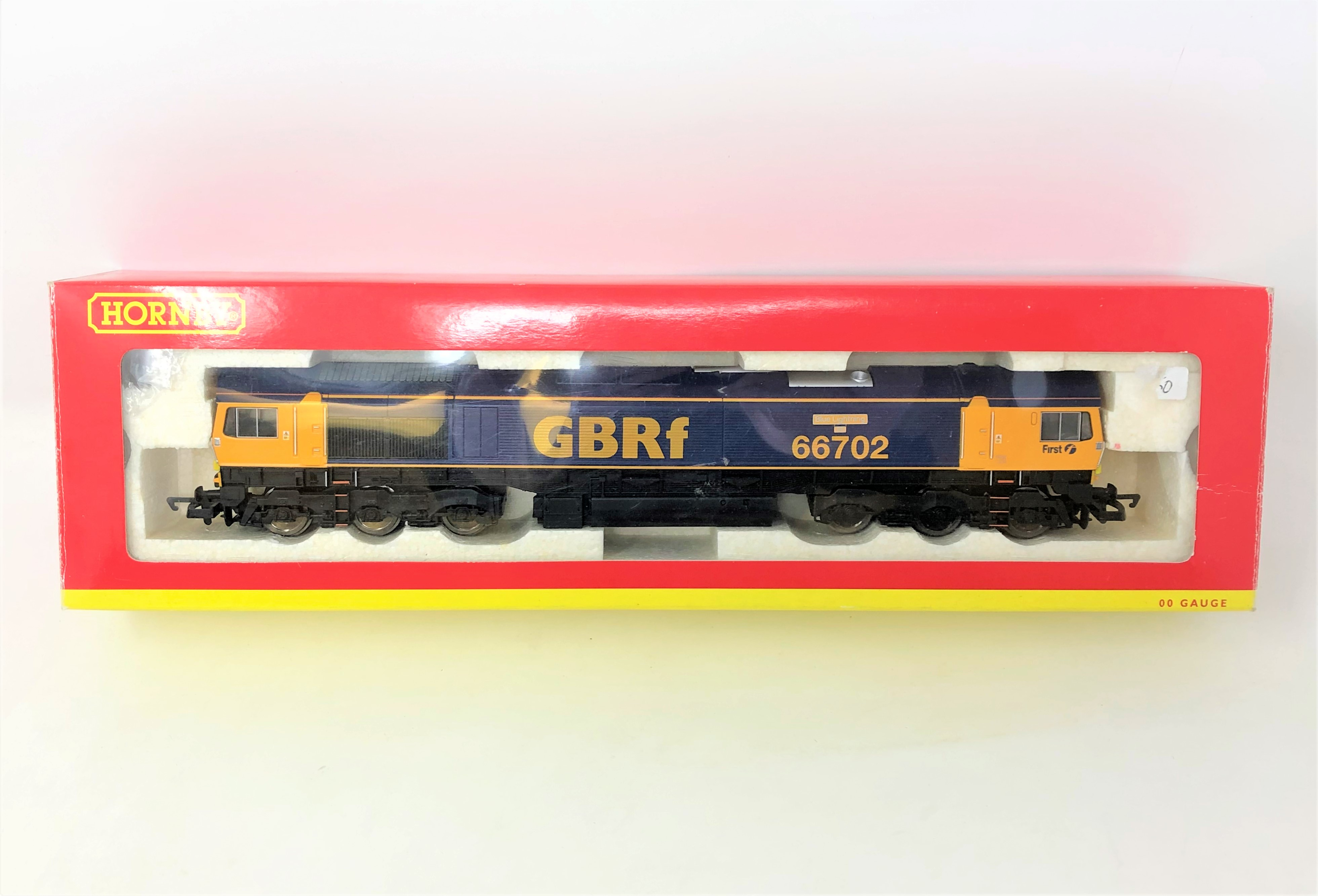 Hornby : R2652 GB CO-CO Diesel Electric Class 66 Locomotive 66702 Blue Lighting, boxed.
