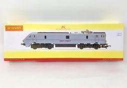 Hornby : R3365 East Coast Class 91 '91120', boxed.