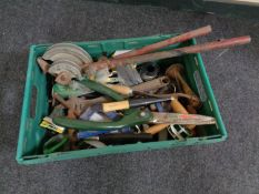 A plastic crate of a large quantity of hand and gardening tools,