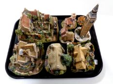 A tray containing eight assorted Lilliput Lane ornaments
