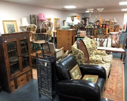 Weekly Auction of Antiques, Collectables & Furnishings