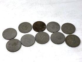 A small quantity of commemorative crowns
