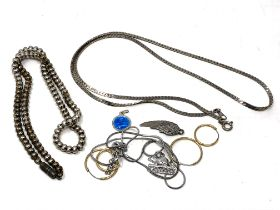 A small quantity of jewellery to include white metal chains,
