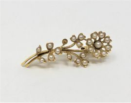 An antique 15ct gold pearl brooch, 3.2g.