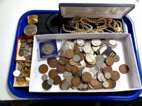 A tray containing simulated pearls, compacts, farthing coin bracelet,