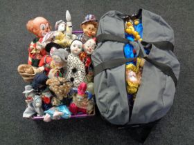 A box and a holdall containing a very large quantity of puppets including clowns,