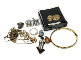 A small quantity of costume jewellery, cuff links,