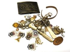 A small quantity of costume jewellery, belt buckle,