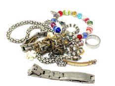 A small quantity of costume jewellery, bracelets,
