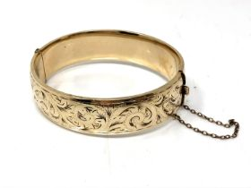 A vintage 9ct gold plated bangle