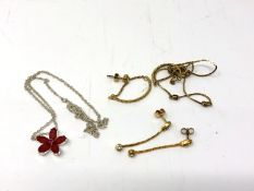 A small quantity of costume jewellery to include pendant, chain,