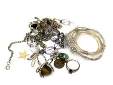 Costume jewellery to include rings, chain,
