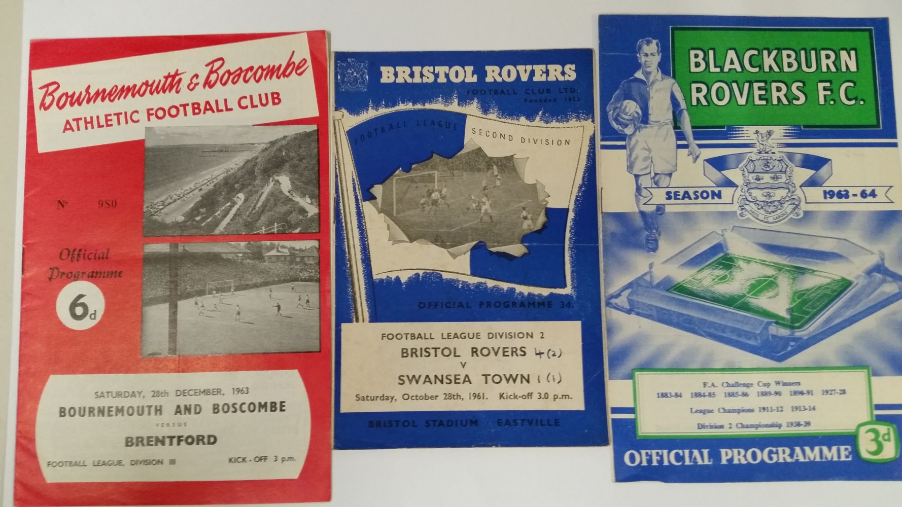 Sporting Memorabilia; Ephemera and Cigarette Cards & Trade Cards - Tim Davidson Auctions Ltd.