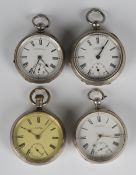 An American Waltham Watch Co silver cased keyless wind open-faced gentleman's pocket watch, the