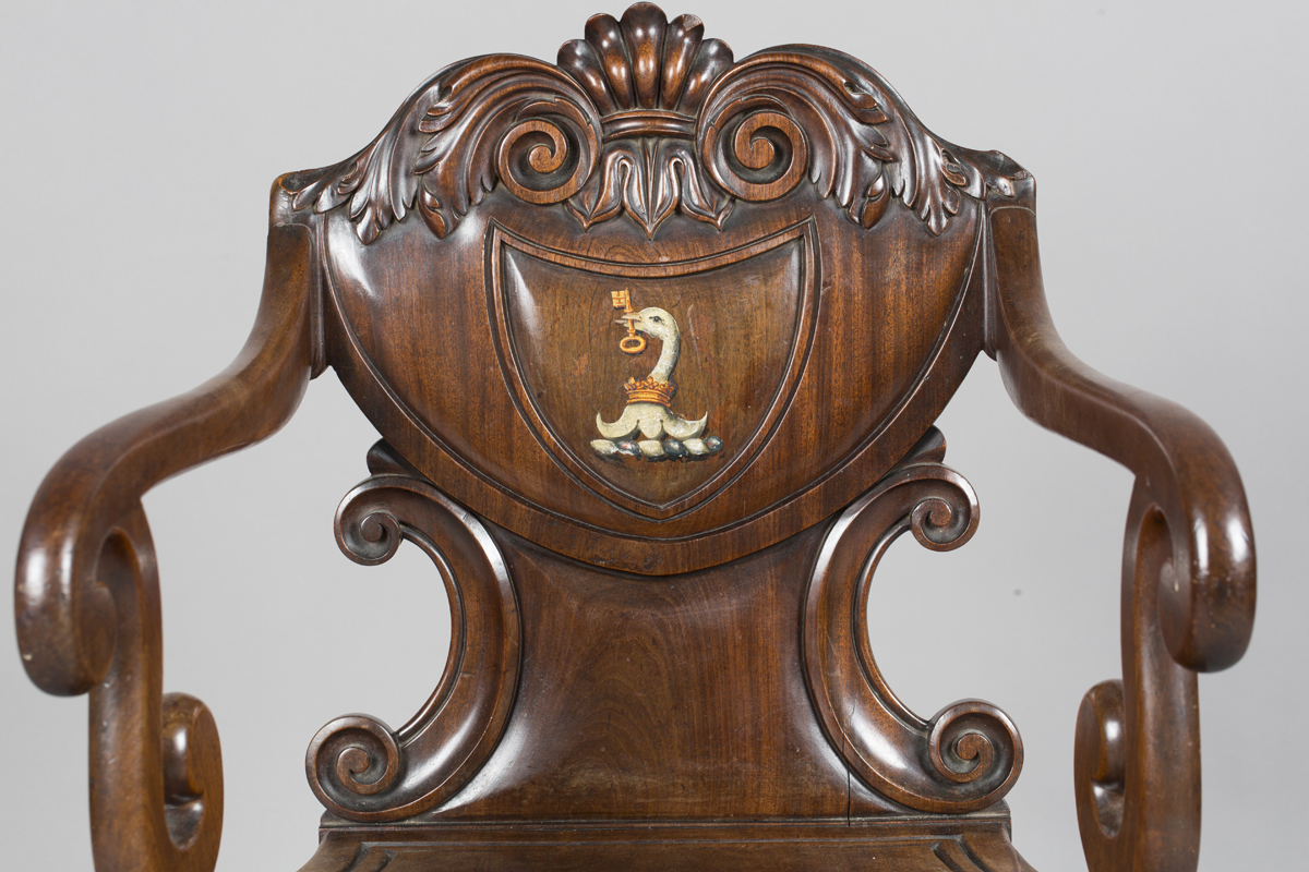 A William IV mahogany elbow hall chair, in the manner of Gillows of Lancaster, the shield back - Image 10 of 10