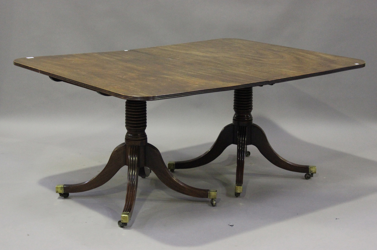 A Regency mahogany twin pedestal dining table with single extra leaf, height 73cm, extended length - Image 2 of 4